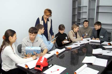 Бизнес идеи для несовершеннолетних заработок в интернете без регистрации и вложений