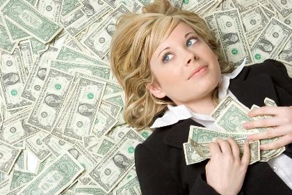 bigstockphoto_In_The_Money_2713420 Лотерея: а Вы готовы к выигрышу? или сколько вам нужно денег для счастливой жизни?