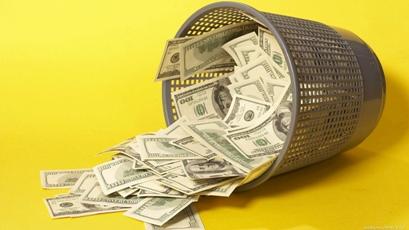 money-wallpaper-1366x768-008 Россия первая в очереди на денежный вакуум