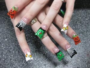 halloween_nail_design-300x225 Бизнес идея: Искусство в ногтях