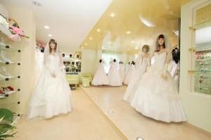 1308473432_weddress-300x199 Идеи для бизнеса:  Как открыть свадебный салон?