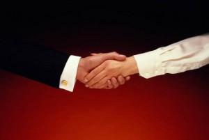 business_men-0138-men-0138-300x201 Быть ли теплым контактам в сетевом бизнесе?