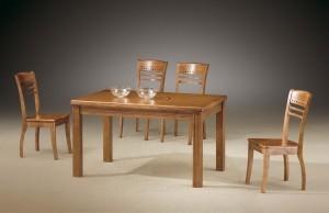 2417-300x194 Что нужно учесть при выборе стола для кафе?