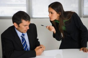 527134_86574_konfliktnaya-situaciya-300x199 Как выявить причины и устранить конфликт в организации