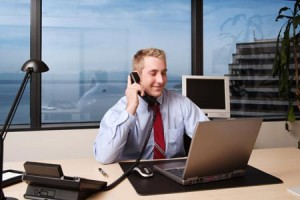 Translating-physical-internet-company-300x200 Принимаем решение строить бизнес в интернете