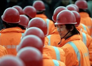 kit18-1-300x215 Почему иностранцы занимают рабочие места в России