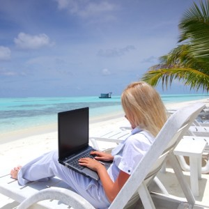 working-out-of-the-office-even-on-the-beach-is-far-easier-with-smart-16001132-28009-1-14085349-500-300x300 Как составить портфолио для фрилансера