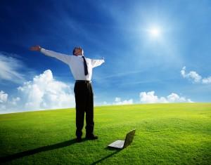 1426020645-300x235 Кому придет успех в интернет бизнесе