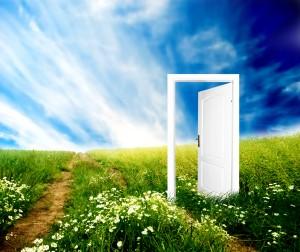 The-Door-300x252 Когда придет время, жизнь сама распахнет перед Вами двери