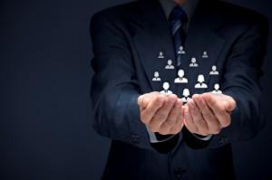 Customer_or_employees_care_concept_Smaller-300x199 Ценности клиентов и цели рекламодателей