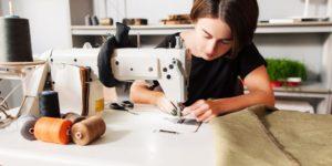 biznes-idej-2018-2019-goda-s-minimalnymi-vlozheniyami-30-300x150 Бизнес на шитье – идеи заработка для новичков