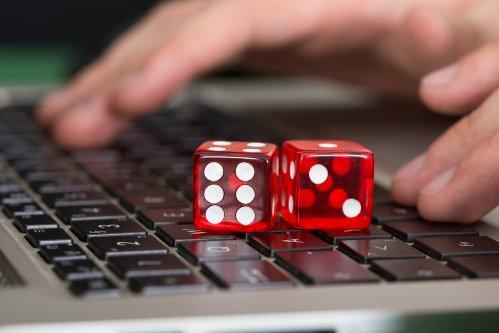 s1200 Pin Up казино – стоит ли играть?